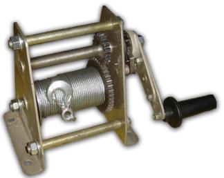 Купить лебедка ручная барабанная ЛР-0,25 по цене 7740 руб.